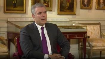 Iván Duque desmiente al NYT y respalda al general Nicacio Martínez