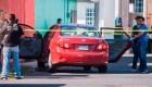 Asesinan a periodista y secuestran a comunicador en México
