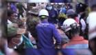 Buscan más sobrevivientes tras colapso de edificio en Camboya