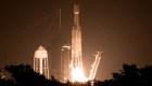 """SpaceX realiza su """"lanzamiento más difícil"""""""