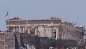 La contaminación y la lluvia ácida afectan momumento en Grecia