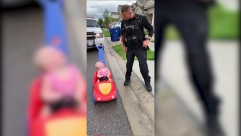 Cuando vas conduciendo y tu padre es el policía