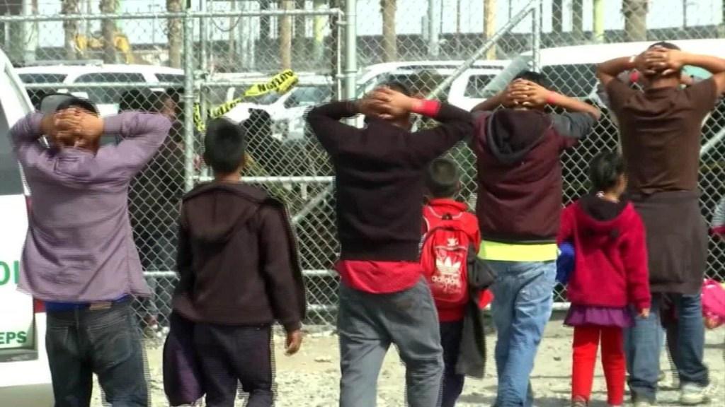 Pugna por fondos para crisis migratoria divide a los demócratas
