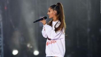 Ariana Grande explica a sus fans por qué lloró en concierto