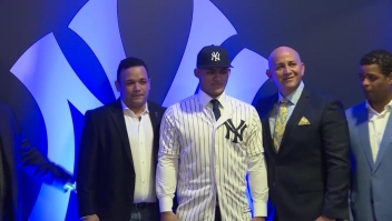 """Los Yankees contratan a un """"marciano"""" dominicano de 16 años"""