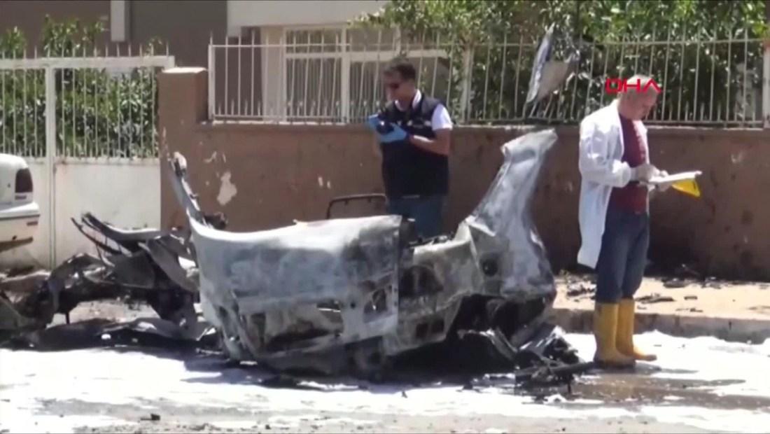 Tres muertos en Turquía en explosión de coche bomba