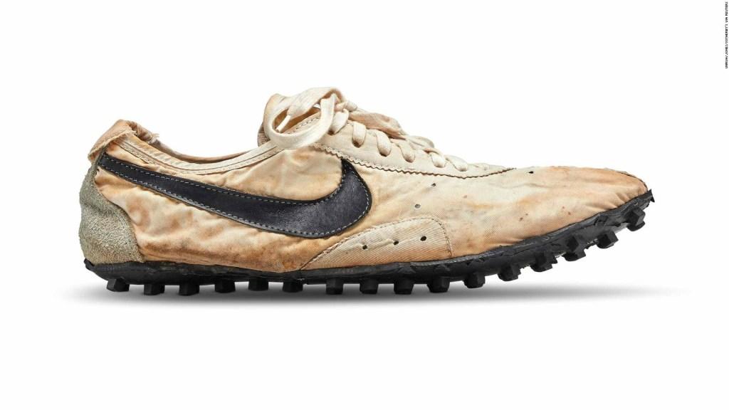 Alcanzan cifra récord en subasta de Nike