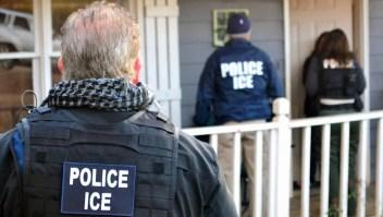 EE.UU. inicia redadas contra inmigrantes indocumentados