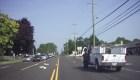 Policía asiste a conductor que convulsiona mientras maneja
