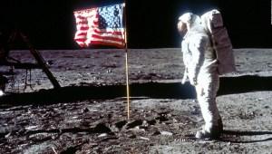 Mas allá del primer paso en la luna