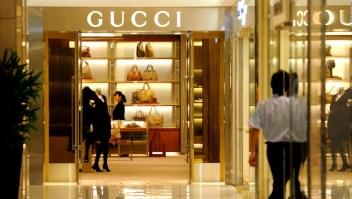 Gucci: desaceleración en ventas preocupa al mercado