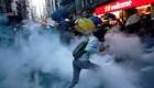 Ladrillos y balas de goma en las protestas de Hong Kong