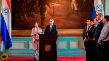 Presidente de Paraguay se salva de juicio político