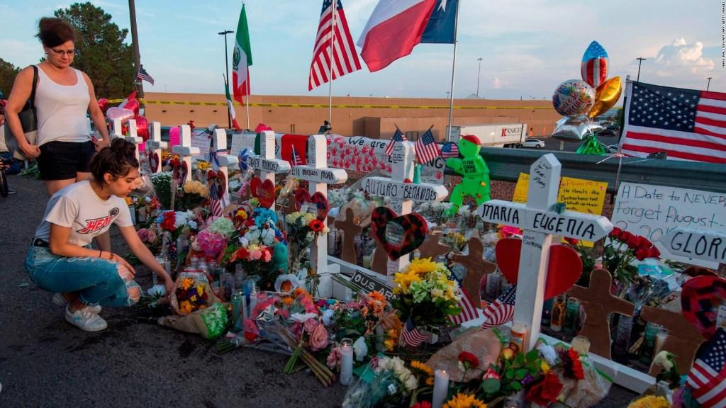 El Paso intenta recobrar la normalidad tras el tiroteo