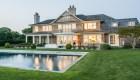 Si alguna vez soñaste con tener casa en los Hamptons, ahora puede ser el momento justo