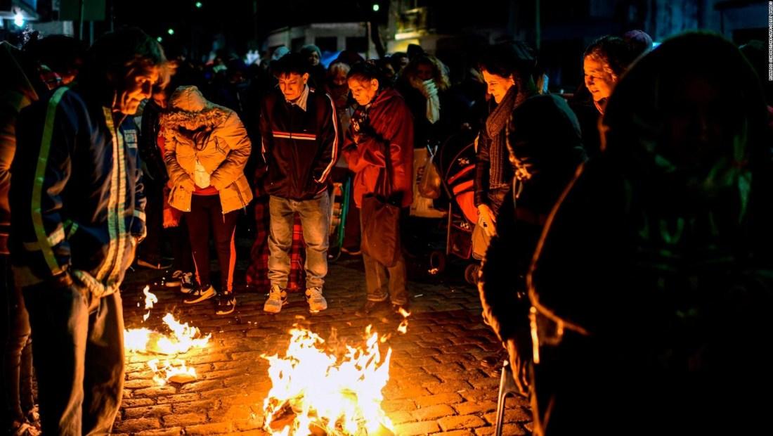 Religión y protestas se mezclan en el día de San Cayetano