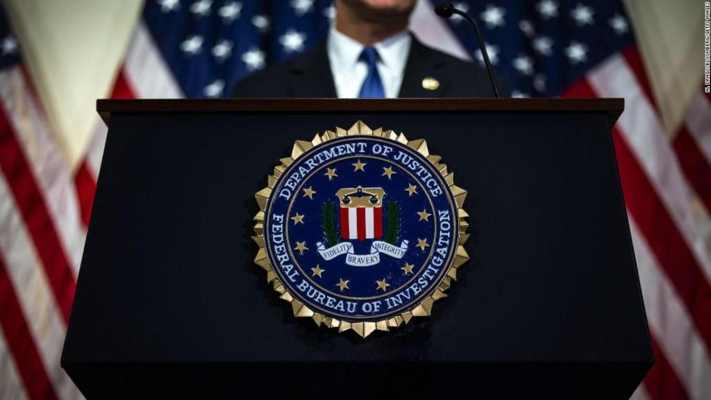 FBI Facebook Twitter Instagram datos personales desde plataformas