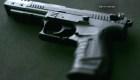 ¿Tienes armas en tu casa? Así hay que proteger a los niños