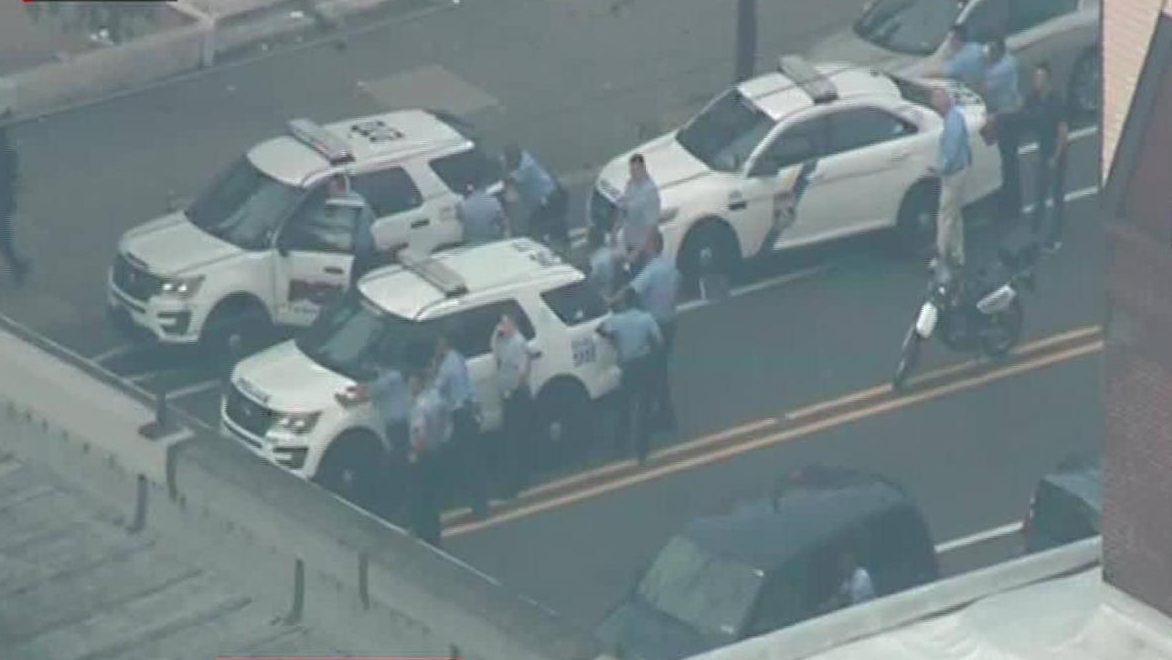 Disparan a la policía en Filadelfia