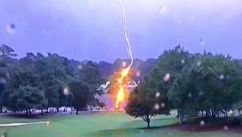 Un rayo deja varios heridos en un campo de golf