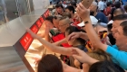 China: Caos en apertura de hipermercado