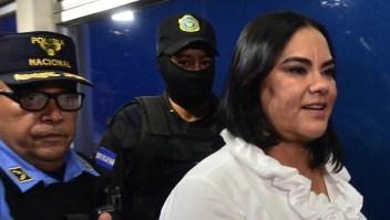 Aplazan la sentencia de la ex primera dama de Honduras