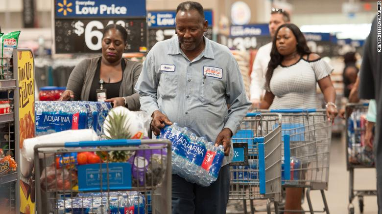 August 28, 2019, Fort Lauderdale, Florida, U.S: Residents of Florida stock up with groceries and water in preperation for hurricane Dorian. Florida Governor Desantis, declared a state of emergency for 26 counties in Florida, as Hurricane is forecast to hit Florida as a major category 3 hurricane. (Credit Image: ? Orit Ben-Ezzer/ZUMA Wire)
