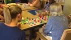 Este campamento enseña a cuidar a pacientes con Alzheimer