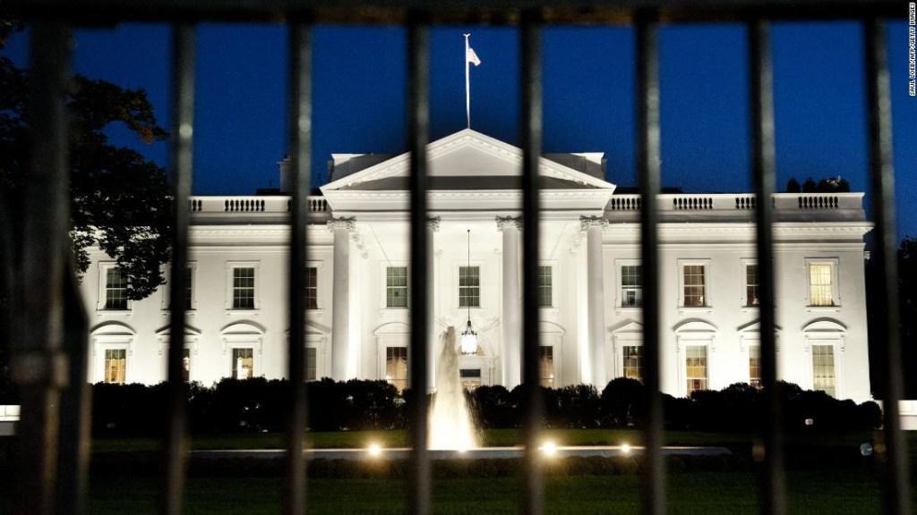 Denuncia informantes Casa Blanca inteligencia