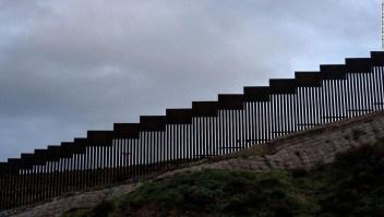 Congresistas se ponen furiosos por financiación del muro fronterizo con presupuesto de defensa