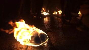 Bolas de Fuego, un peligroso festival que sigue vigente