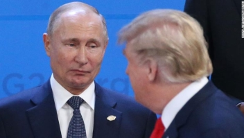 BUENOS AIRES, ARGENTINA - NOVEMBER,30 (RUSSIA OUT) U.S. President Donald Trump (R) looks on Russian President Vladimir Putin (L) during the welcoming ceremony prior to the G20 Summit's Plenary Meeting in Buenos Aires, Argentina, November,30,2018. U.S.Preisident Donald Trump has cancelled his meeting with Vladimir Putin at the G20 Summit in Argentina planned on Saturday. (Photo by Mikhail Svetlov/Getty Image