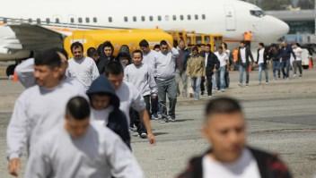 Breves económicas: buscan frenar deportaciones bajo condiciones médicas
