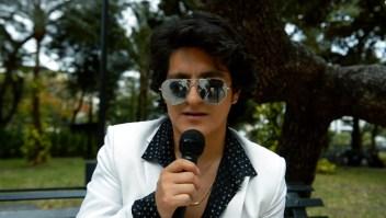 El Camilo Sesto ecuatoriano despide a su ídolo