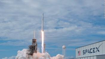 SpaceX quiere enviar Internet desde el espacio en el 2020