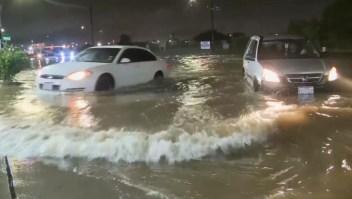Imelda provoca inundaciones en Texas