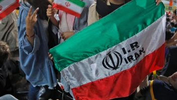 FIFA: Irán debe permitir la entrada de mujeres en estadios