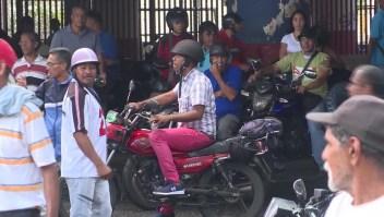 Atacan a seguidores de Juan Guaidó