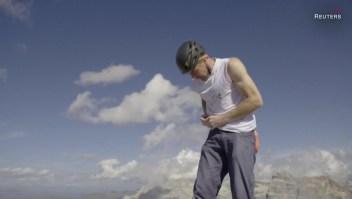 Montañista sube 550 metros sin cuerdas y en tiempo récord