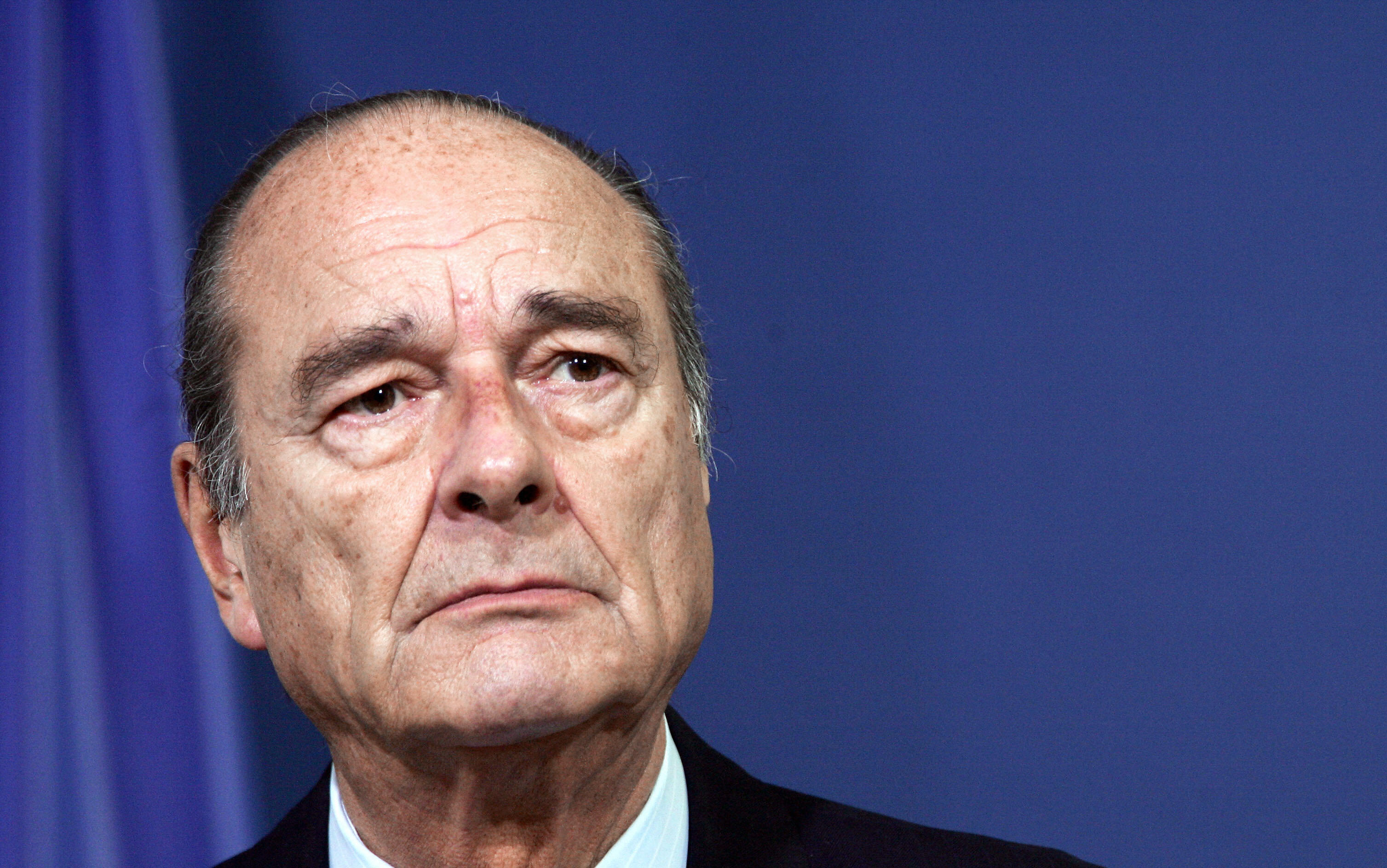 Bayonne, FRANCE: French President Jacques Chirac delivers a speech, 03 April 2007 in the southern town of Bayonne, during his last visit to French Army's Special Forces Regiment. AFP PHOTO PATRICK KOVARIK (Photo credit should read PATRICK KOVARIK/AFP/Getty Images)