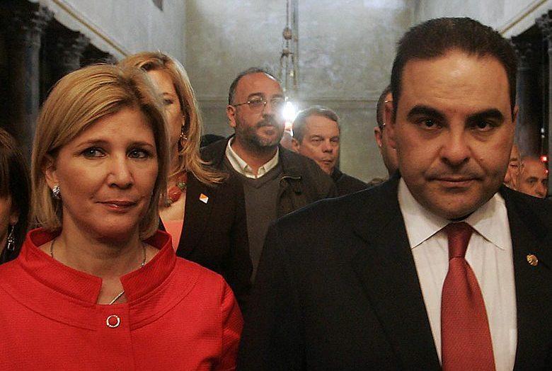 Tribunal envía a juicio a esposa de Antonio Saca
