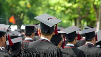 ¿Sabías que...? Estudiar no te garantiza ingresos altos