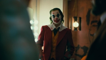 "Éxito de ""Joker"" en medio de advertencias sobre violencia"