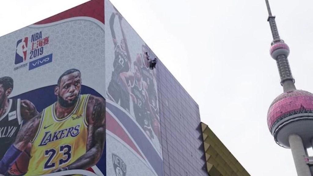 ¿Por qué hay problemas entre la NBA y China?