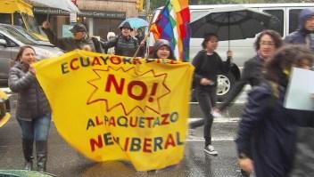 Ecuatorianos protestan en Nueva York