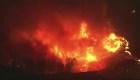 California lucha contra devastadores incendios