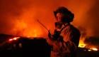 Nueve incendios arrasan el sur y el norte de California