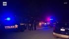 Policía le dispara a su hijo al confundirlo con un intruso