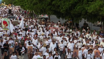 Marchan en Culiacán tras operativo fallido contra hijo del Chapo