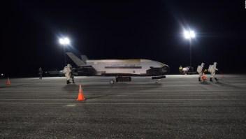 Avión espacial secreto de EE.UU. aterriza en Florida
